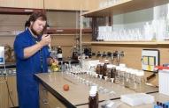Naftos perdirbimo chemikas 1